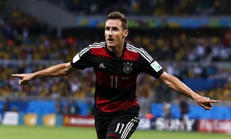 ميروسلاف كلوزه .. هداف كأس العالم التاريخي يعتزل دولياً