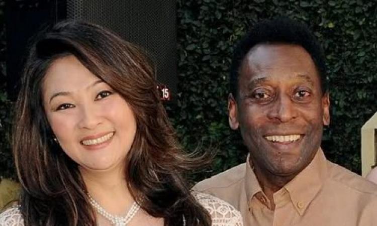بيليه يستعد للزواج للمرة الثالثة من يابانية تصغره بـ25 عاما
