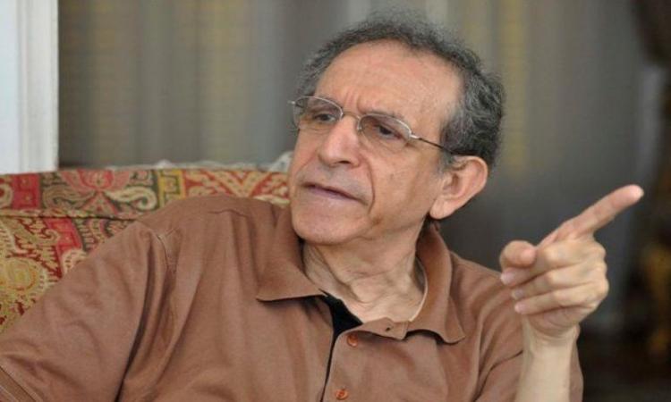 حسام عيسى: إسقاط مبارك «بداية لنهضة كبرى».. وكلمته الأخيرة «لا تسوى قرش صاغ»