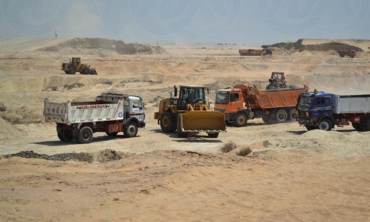 الهيئة الهندسية : معدلات رفع الرمال من قناة السويس الجديدة وصل إلى ١٠٠ مليون متر مكعب