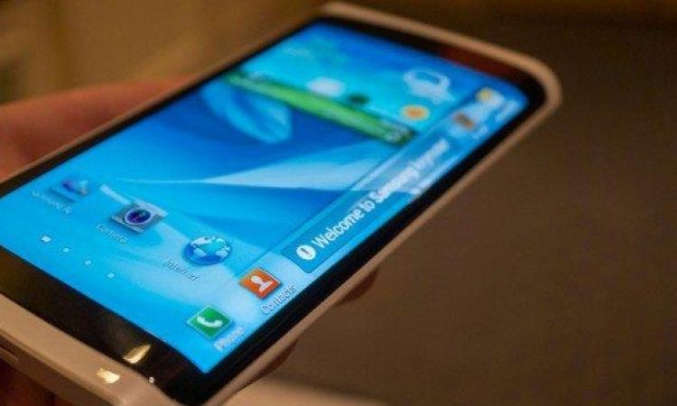 سامسونج تُسجل هاتف Note Edge بشاشة ثُلاثية الجوانب
