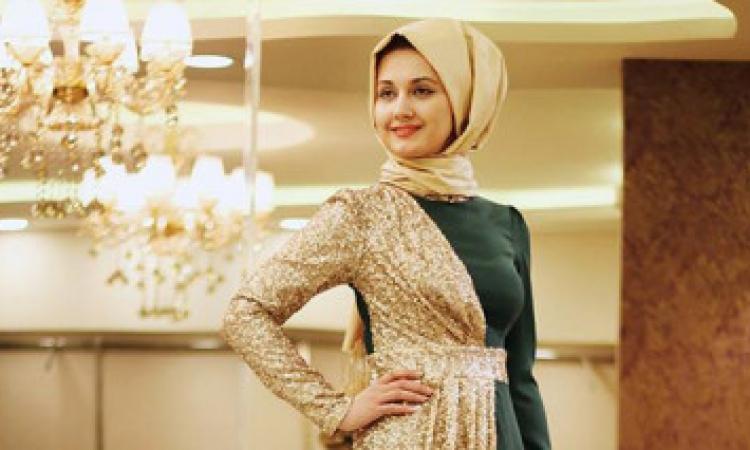 بالصور.. فساتين سهرة تركية الذوق تلائم حجابك