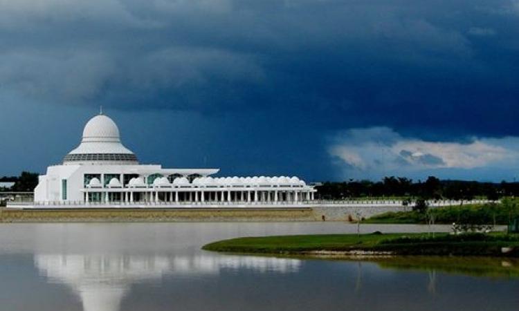 رحلة حول العالم .. شاهد أجمل المساجد يتقدمها المسجد النبوي