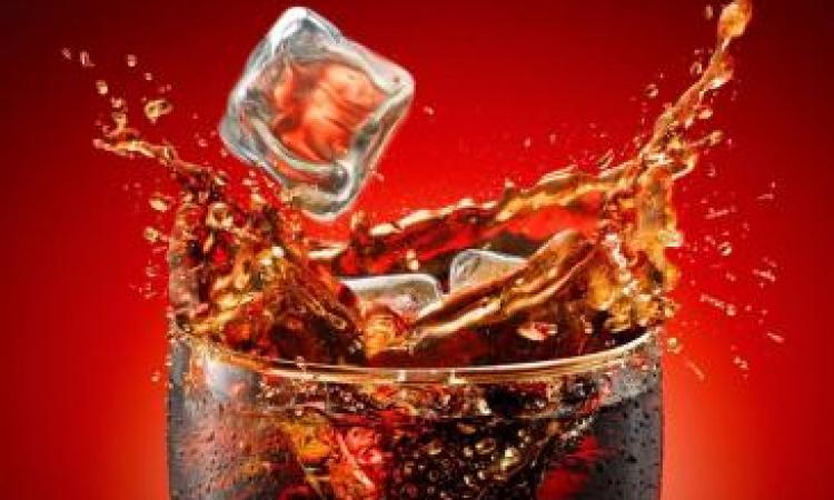 المياه الغازية والشيكولاتة تزيد من عصبية الطفل