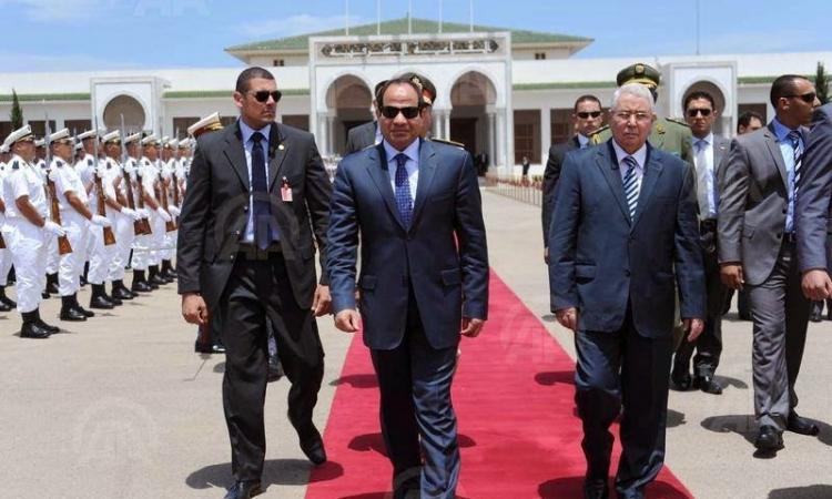 وصول الرئيس السيسى مطار سوتشى فى أول زيارة رسمية لروسيا