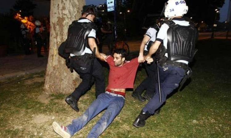 احتجاجات في ميدان تقسيم باسطنبول ضد أردوغان