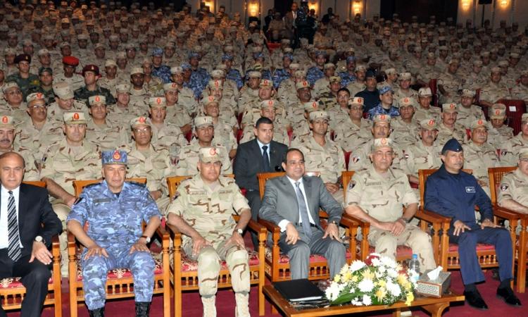 السيسي: القوات المسلحة هي البنيان القوي الذي تستند إليه الدولة المصرية