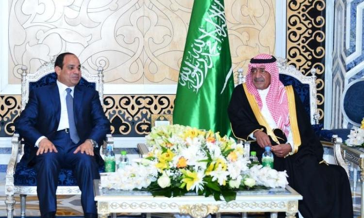 الأمير مقرن يقيم مأدبة عشاء للرئيس عبد الفتاح السيسى والوفد المرافق