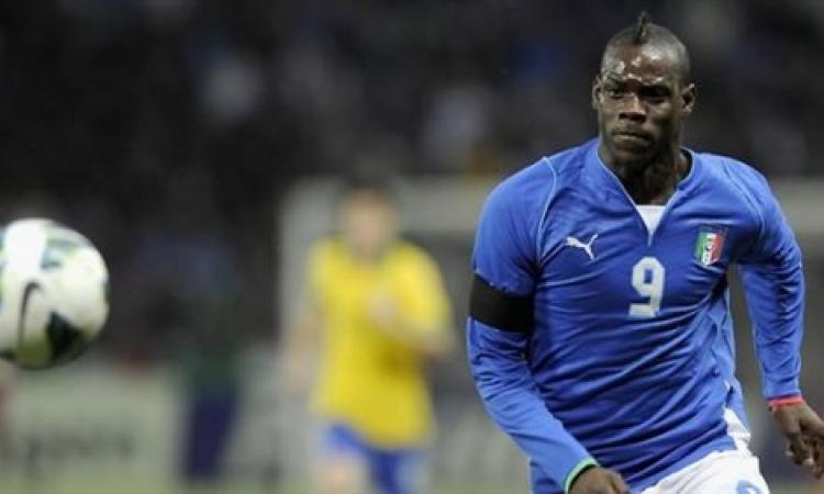 """""""ليفربول"""" يطالب بالوتيلى بأن يتضمن عقده بندا يلزمه بـ""""حسن السير والسلوك"""""""