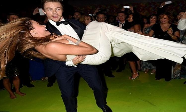 بالصور.. رقصة صوفيا فيرجارا بحفل توزيع جوائز «إيمي» تضعها في موقف محرج