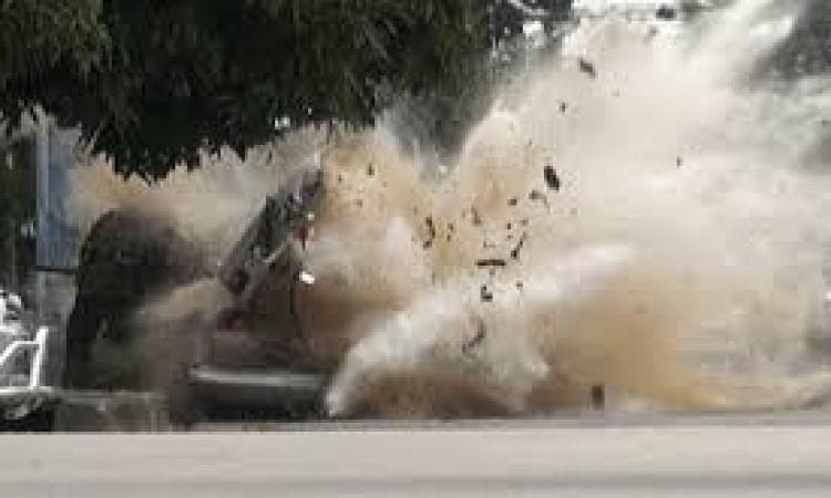 خبراء المفرقعات يبطلون مفعول عبوة ناسفة في عباس العقاد