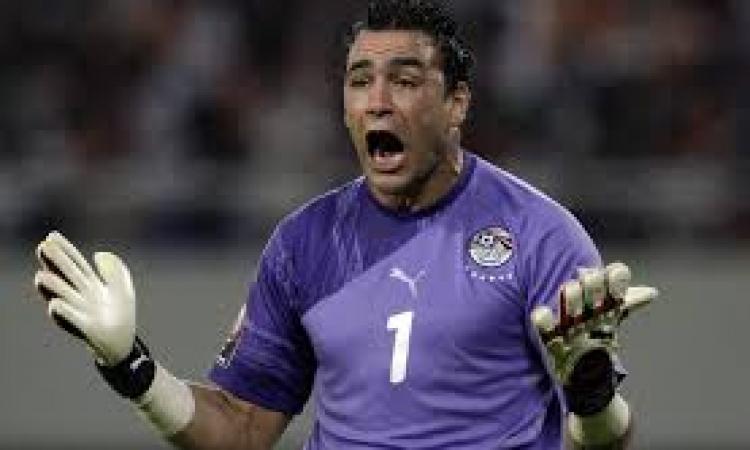 """رئيس نادي الإسماعيلي """"تعاقدنا مع الحضري حتى لا نكون تحت رحمة محمد عواد"""