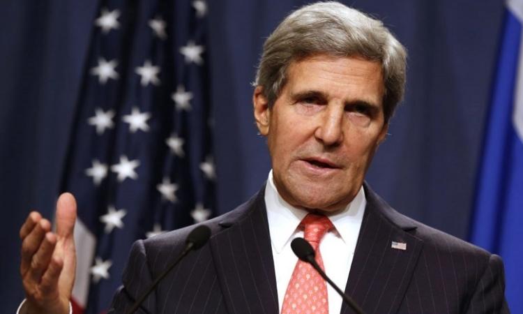 كيري: لن نقوم بإرسال قوات عسكرية مقاتلة إلى العراق