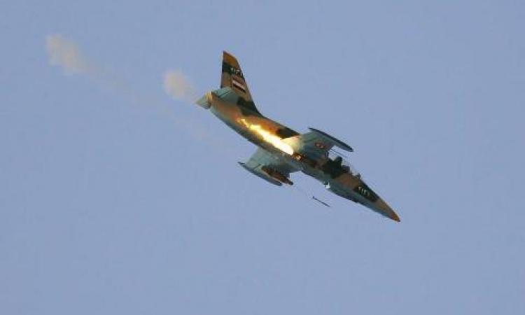 النظام السوري يشن أكثر من 15 غارة جوية على ريف حماة مستخدما الصواريخ العنقودية