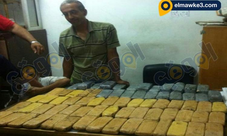 بالفيديو.. شرطة مواني نويبع تضبط 21 كيلو من مخدر الهيروين الخام