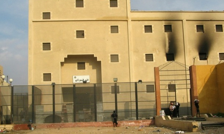 أمين مخازن أبو زعبل : قوات سجن وادي النطرون ظلوا يقاومون 4 ساعات حتي نفذت الذخيرة