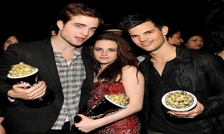 Twilight Saga تفوز بجائزة افضل فيلم في ال MTV
