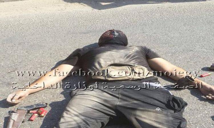 بالصور.. وفاة ملثم بالحوامدية بحوزته سلاح خرطوش و12 قنبلة وعبوة ناسفة