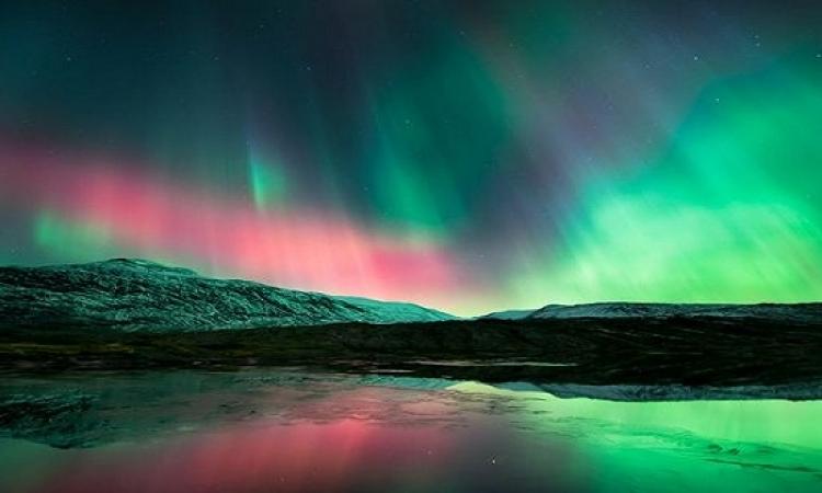 بالفيديو والصور .. تمتع بمشاهدة ظاهرة الشفق القطبي المدهشة !!