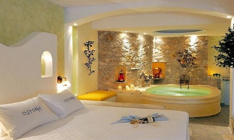 بالصور .. للعرائس فقط .. فندق يوناني كل غرفه لقضاء شهر العسل !!