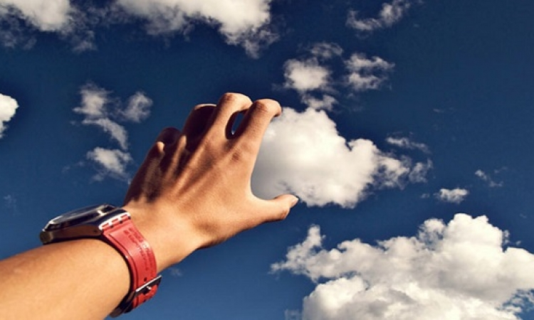 اللعب مع السحب .. صور ذكية ومرحة لمصورين خيالهم واسع