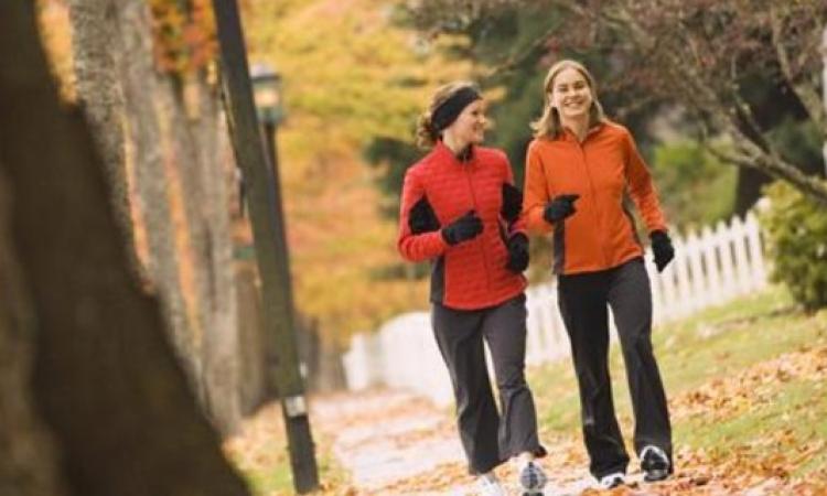 المشي يجنبك الإصابة بالسرطان