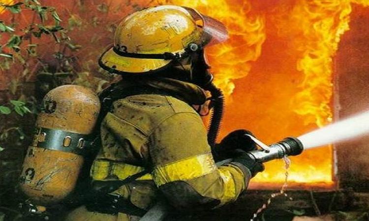 بسبب سيجارة مشتعلة .. حريق محدود فوق خط غاز فى بشتيل
