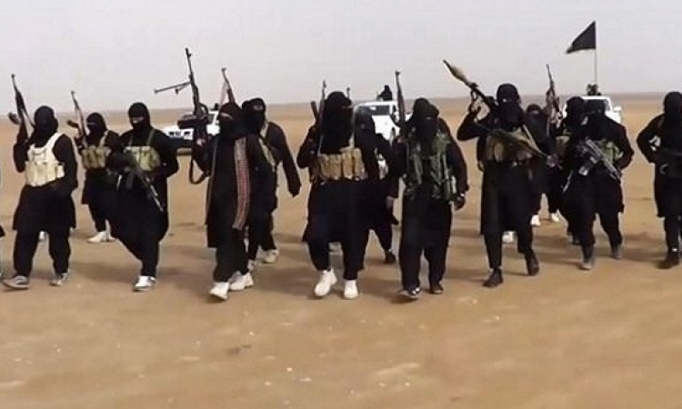 """داعش يواصل ارهابه ويدعو التكفيريين في سيناء إلى """" قطع رؤوس """" الجنود المصريين"""
