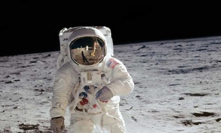 عودة رواد فضاء إلى الأرض بعد أن أمضوا نصف عام في المحطة الدولية