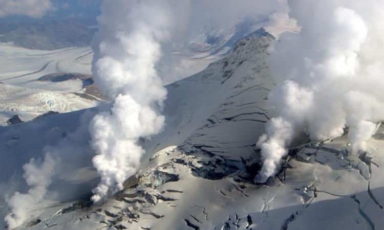 بالفيديو .. مقتل 48 شخصا في انفجار بركان بوسط اليابان