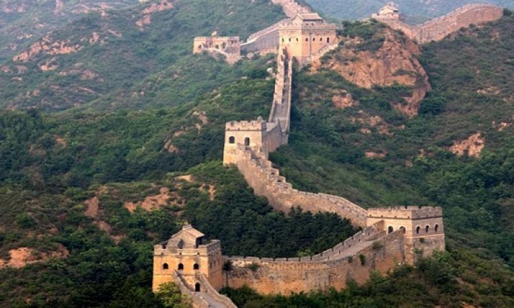 """ابحث معهم .. اختفاء ثلث سور الصين العظيم .. """"يمكن حد قرا تعويذة!"""""""
