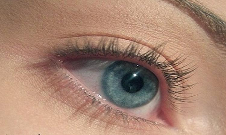 الحالة النفسية للأنسان تؤثر على العين