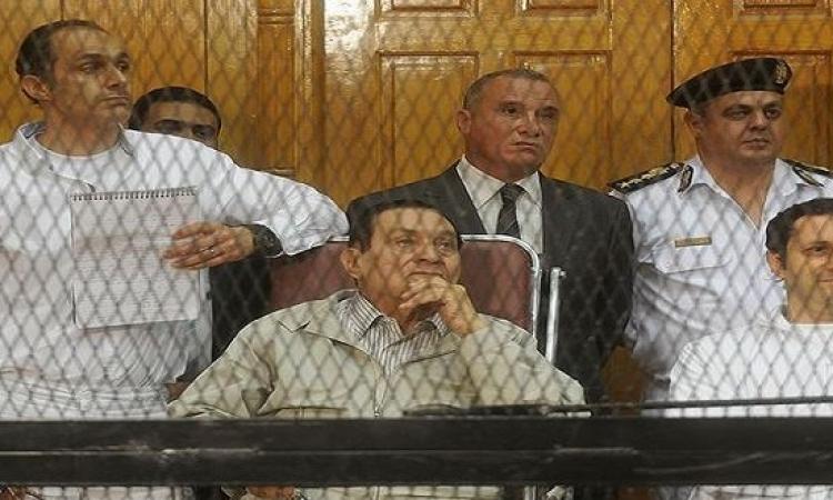 """المحكمة تواجه مبارك ونجليه وهما: """"محصلش"""" .. والنيابة ترد بطلب أقصى العقوبة لهم"""