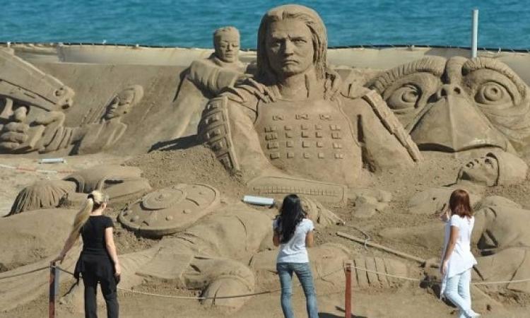 لارا التركية .. مدينة الرمال معشوقة السائحين