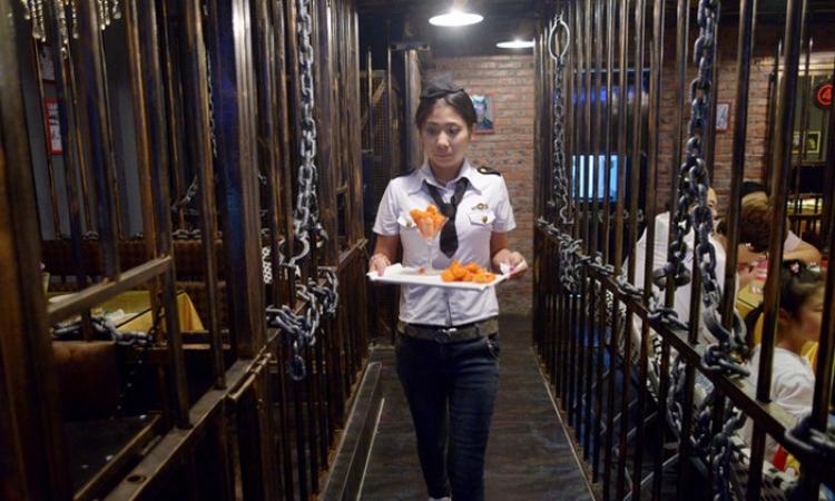 افتتاح مطعم «سجن» في الصين