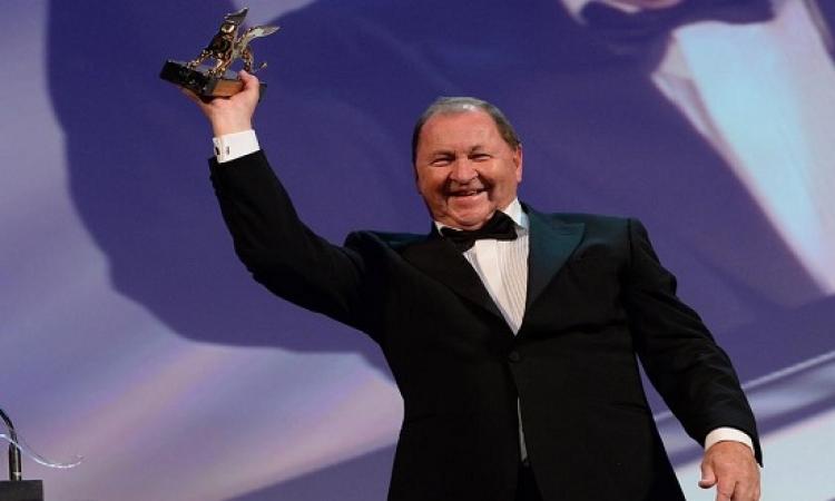 الحمامة المتأملة تفوز بجائزة الأسد الذهبي لمهرجان فينيسيا
