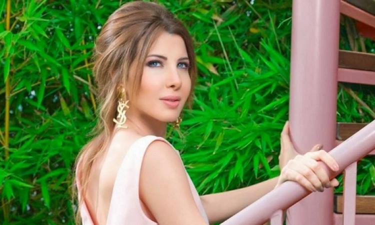 بالصورة.. لأول مرة..نانسي عجرم مع ابنتيها تبهر الجماهير وتحصد أكثر من 659 ألف لايك