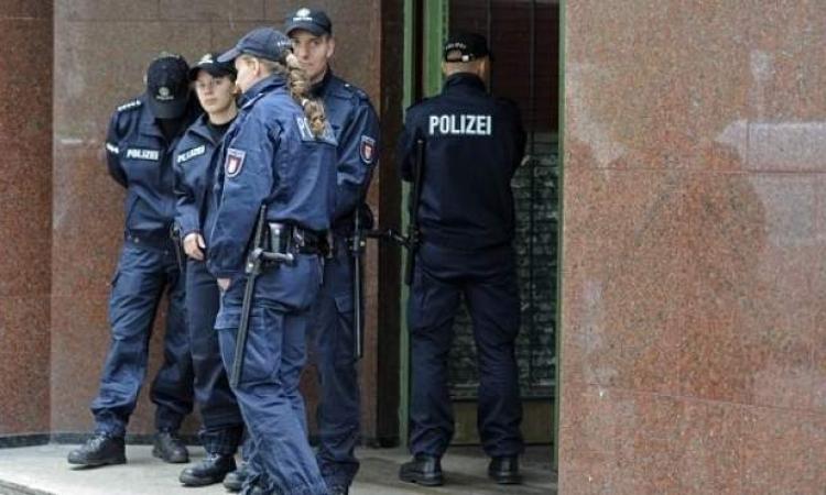 الشرطة الألمانية تداهم مسجدا ومركزا إسلاميا للبحث عن داعش