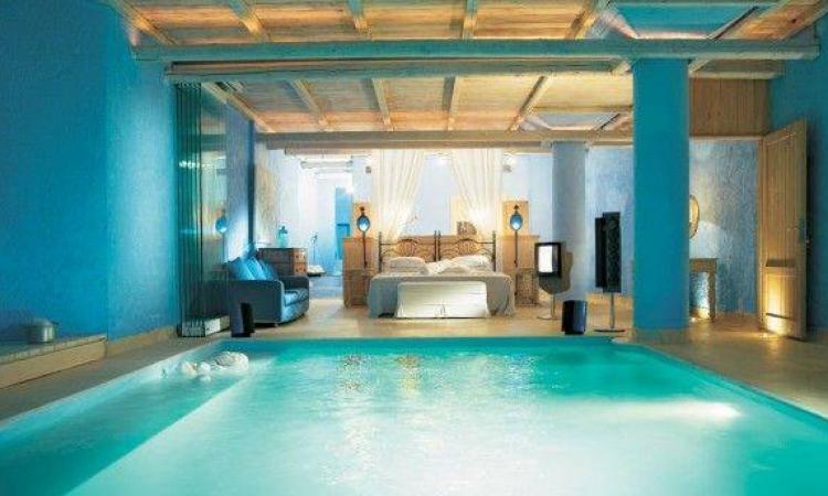 بالصور.. تصميمات ولا فى الخيال.. حمام سباحة فى غرفة النوم