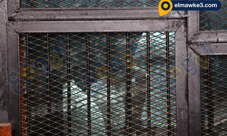"""دفاع بديع بـ""""غرفة عمليات رابعة"""" يطلب تاجيل سماع الشهود والمحكمة تستمع للشاهد"""