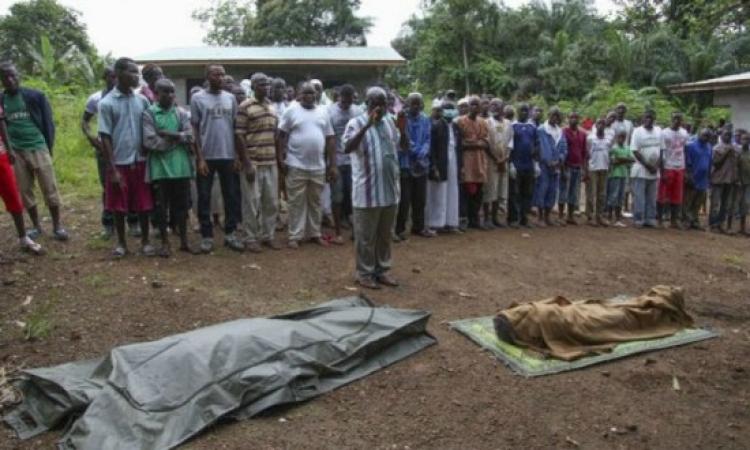 لتشجيع المواطنين على التعافي .. صحيفة تحيي امرأتين متوفيتين بالإيبولا