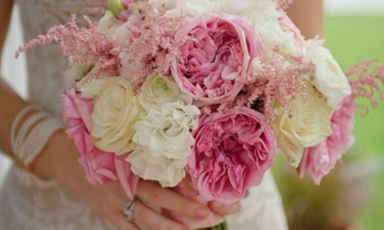 بالصور … أحدث بوكهات الورود لعروسة 2014