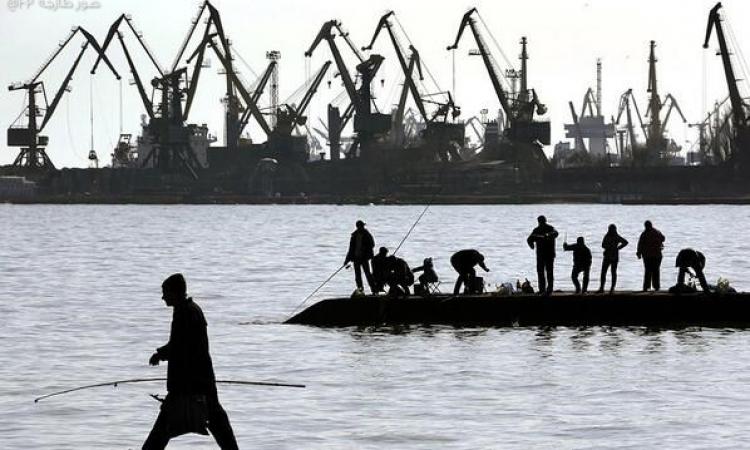 سماع قصف قرب ميناء ماريوبول الأوكراني