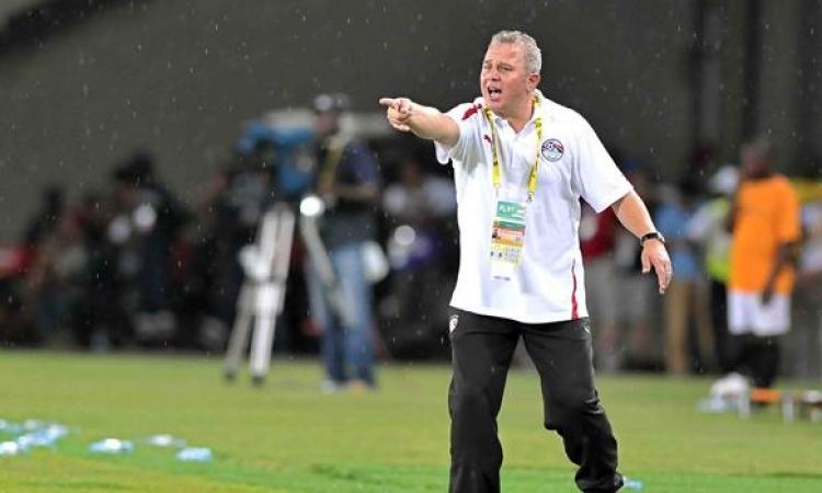 اتحاد الكرة يستدعي غريب لاجتماع عاجل بعد الهزيمة من تونس
