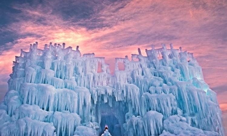 بالصور .. رحلة إلى قلاع الثلج المبهرة في كولورادو الامريكية