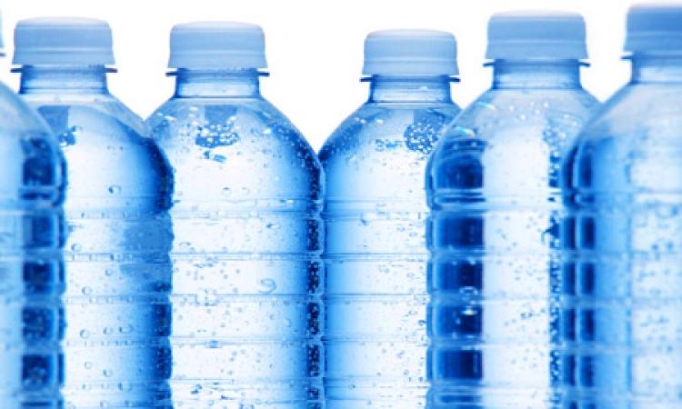 ضبط مياه شرب طبيعية ممنوع تناولها بالأسواق بالإسكندرية