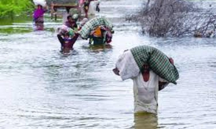 حصيله ضحايا الفيضانات تصل لـ 205في باكستان و200في الهند