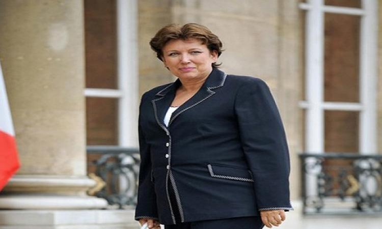 وزيرة الصحة الفرنسية: ممرضة مصابة بالايبولا تتلقى علاجا تجريبيا