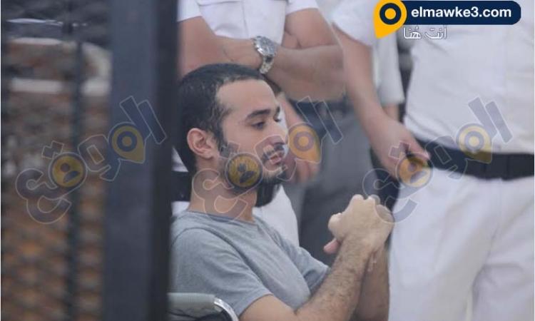 حبس دومة ثلاث سنوات وتغريمه عشر آلاف جنيه لاهانة المحكمة