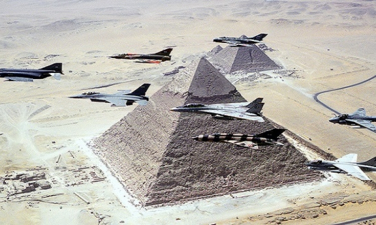 أكبر مناورة للجيش المصري بالذخيرة الحية منذ 18 عامًا